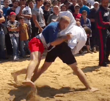 Read more about the article Georgian Chidaoba Wrestling