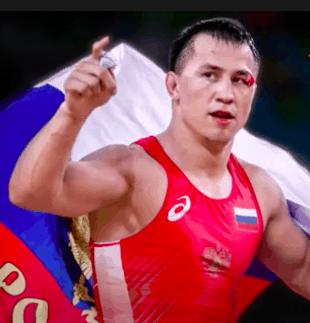Read more about the article Roman Vlasov – Greco Roman Champ